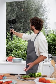 Vlogger cuisine en streaming