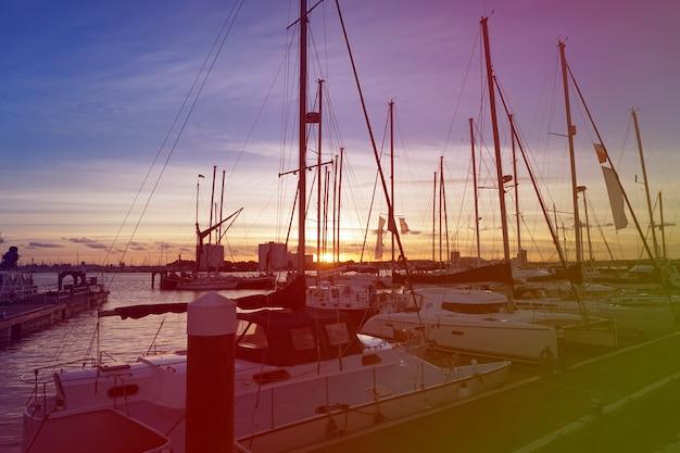 Voilier, jetée, port, océan, coucher soleil, paysage marin