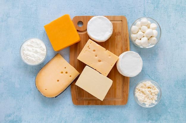 Voir ci-dessus assortiment de produits laitiers