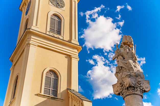 Voir à l'église saint-carlo borromeo à pancevo, serbie