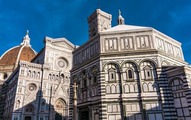 Voir à santa maria del fiore catedral à florence, italie