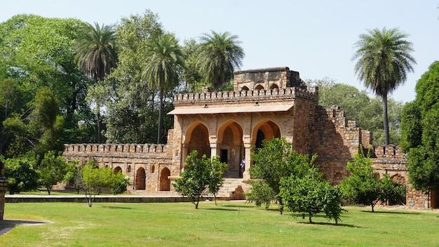 Voir à la tombe de humayun tombeau de l'empereur moghol humayun à delhi, en inde.