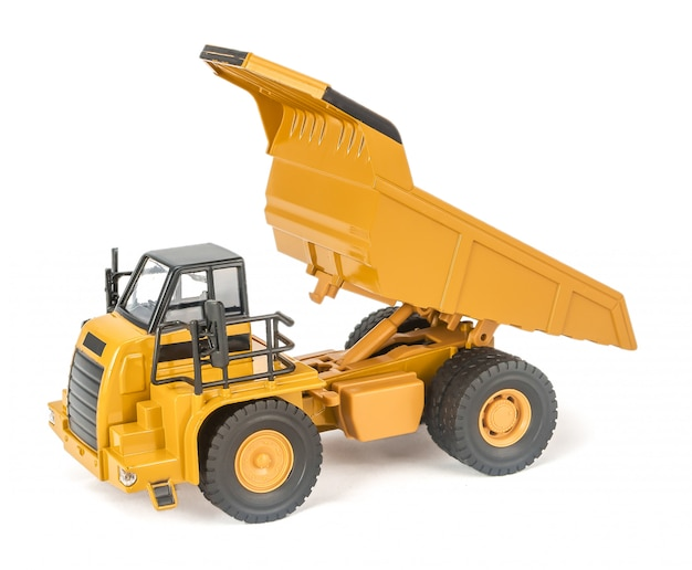 Voiture de camion de transport en plastique jouet pour enfants avec isolé sur blanc
