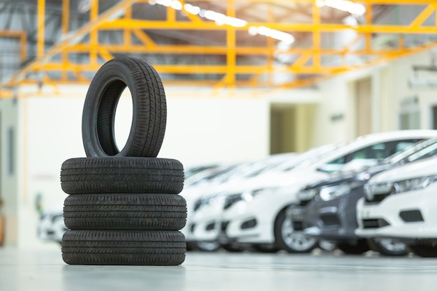 Voiture à pneu de rechange, changement de pneu saisonnier