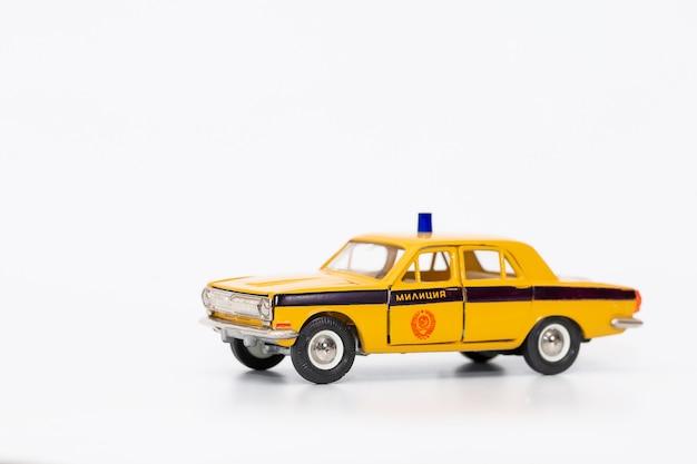 Voiture de police soviétique