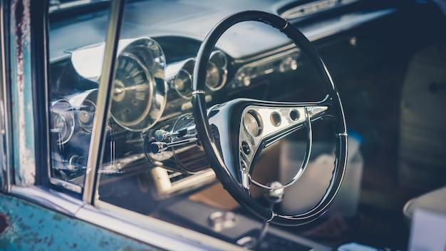 Volant de voiture vintage
