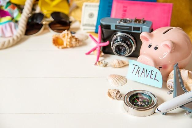 Voyage de fond. tour de mer, objets.