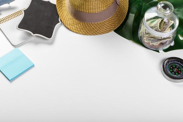 Voyage, vacances d'été, tourisme et objets