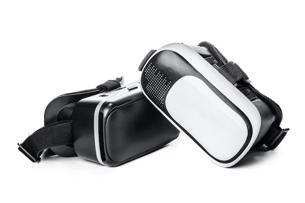 Vr. lunettes de réalité virtuelle sur blanc