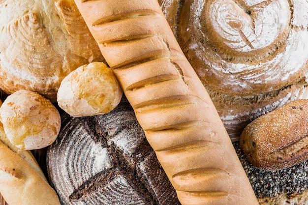 Vue aérienne de la baguette avec des pains ronds