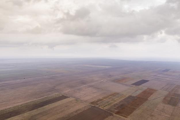 Vue aérienne des champs agricoles