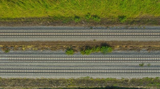 Vue aérienne, depuis, voler, drone, de, voie ferrée, train