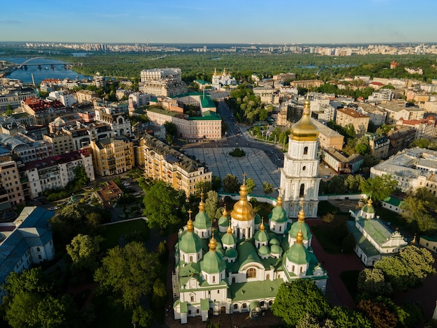 Vue aérienne d'un drone cathédrale sainte sophie à kyiv