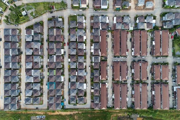 Vue aérienne, drone, coup, de, moderne, maisons, village, thaïlande