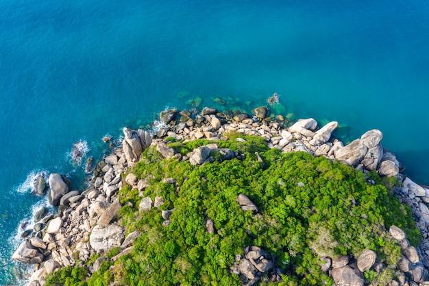 Vue aérienne du bord de mer à l'île de koh tao, thaïlande