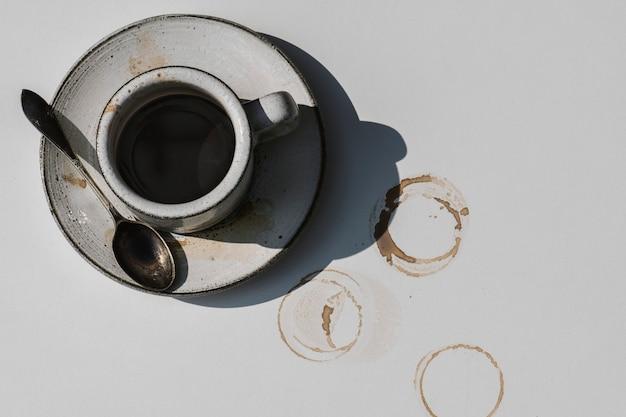 Vue aérienne du café chaud