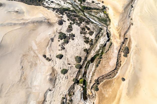 Vue aérienne du canyon des perdus à ica, pérou