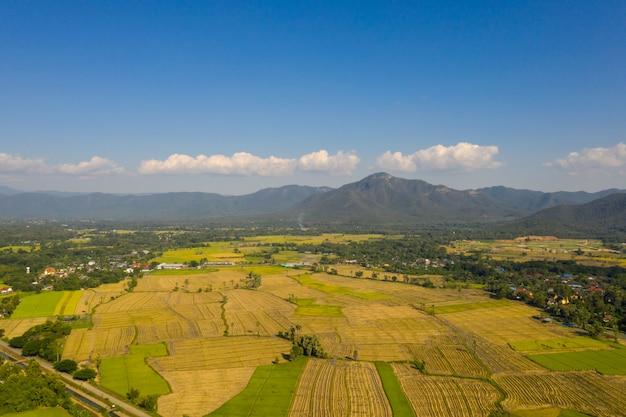 Vue aérienne du district de mae on