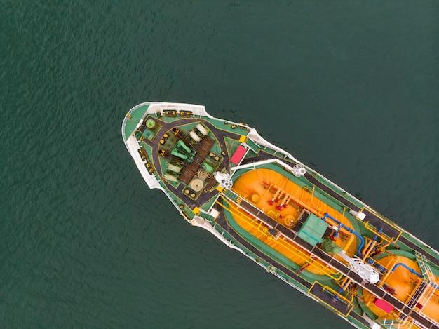 Vue aérienne du fret maritime