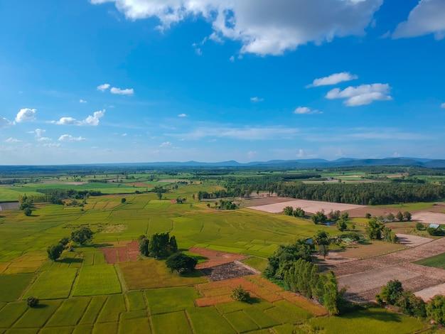 Vue aérienne du paysage du village à thiland.