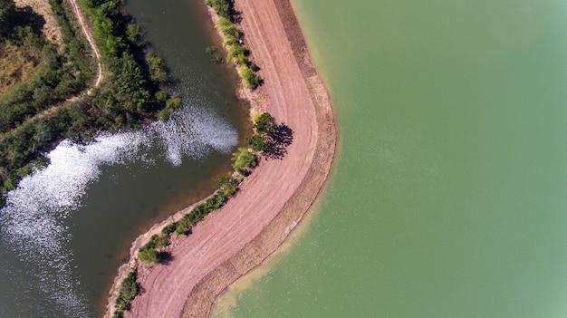 Vue aérienne des étangs.