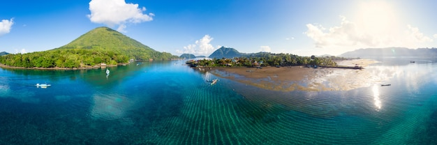 Vue aérienne des îles banda, moluques, indonésie, pulau gunung api
