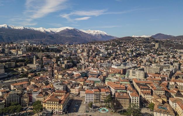 Vue aérienne de lugano, ville du sud de la suisse