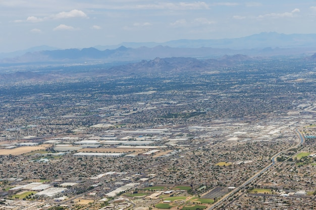 Vue aérienne de la montagne de scottsdale, près de phoenix en arizona jusqu'aux états-unis