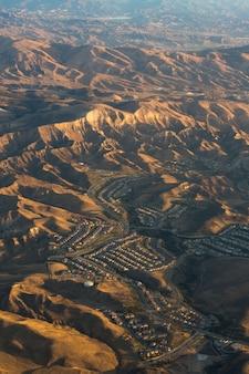 Vue aérienne de la montagne
