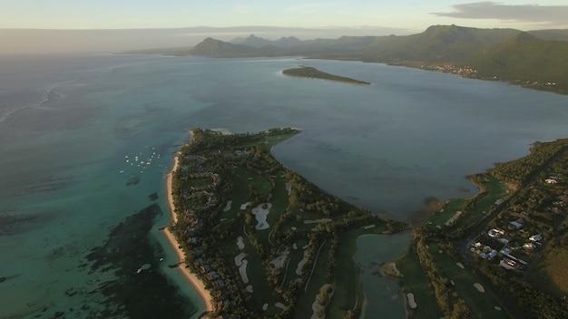 Vue aérienne de la péninsule du morne brabant maurice