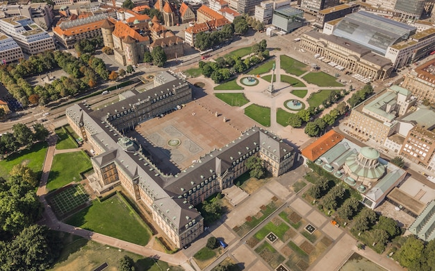Vue aérienne de la place du palais à stuttgart