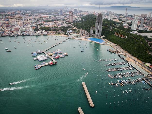 Vue aérienne de la plage de pattaya. thaïlande.