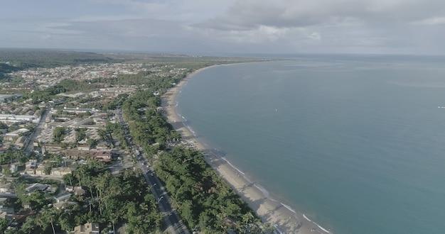 Vue aérienne des plages de porto seguro, bahia, brésil.