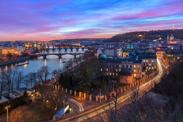 Vue aérienne, de, ponts, dans, prague, république tchèque
