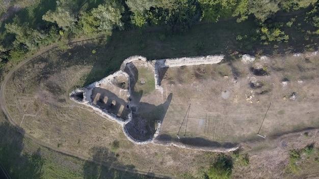 Vue aérienne, à, ruine château, sidorov, région ternopil, ukraine