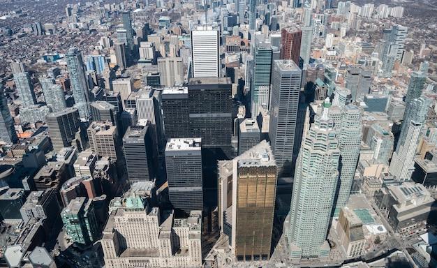 Vue aérienne des toits de la ville de toronto, canada