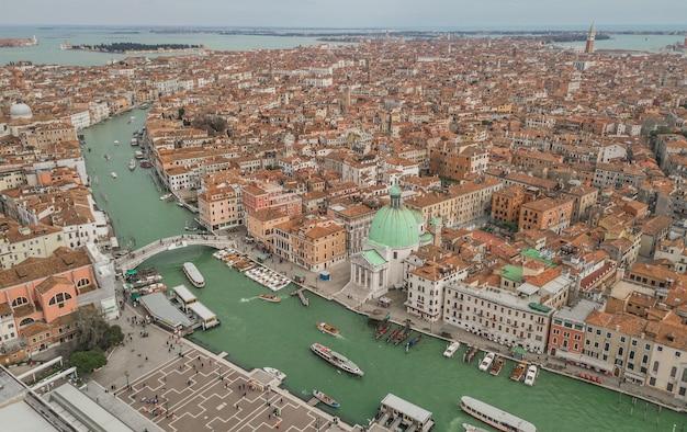 Vue aérienne de venise et de son grand canal