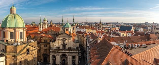 Vue aérienne de la vieille ville de prague.