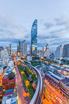 Vue aérienne, de, ville bangkok, moderne, bureaux, copropriété, hôtel