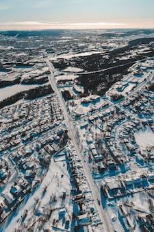 Vue aérienne de la ville en hiver