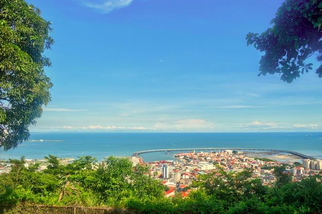 Vue aérienne de la ville de panama depuis la colline d'ancon