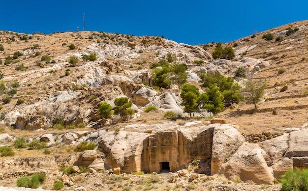 Vue d'anciennes tombes à petra - jordanie