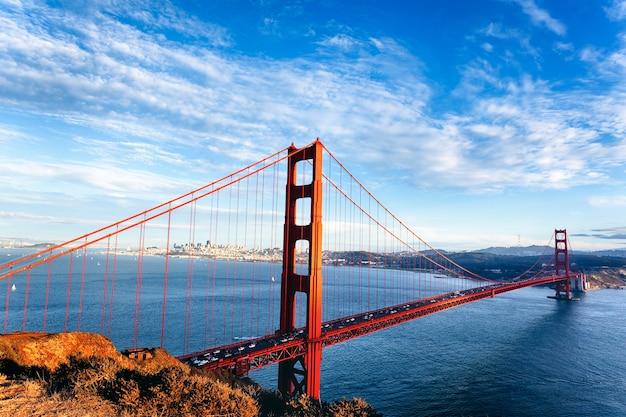 Vue célèbre du golden gate bridge à san francisco, californie, usa