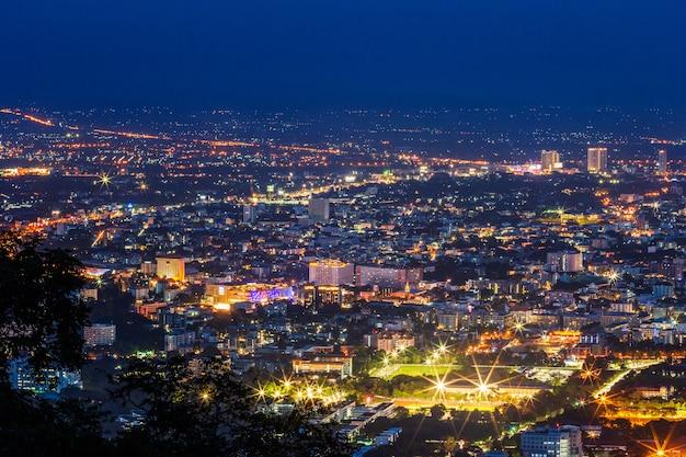 Vue sur le centre-ville de chiang mai
