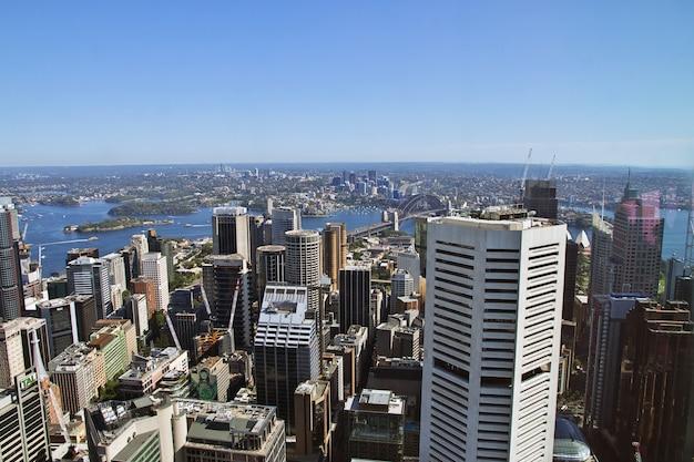 Vue sur le centre-ville de sydney depuis la tour, australie