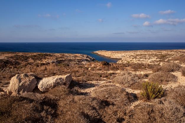 Vue de la côte de lampedusa