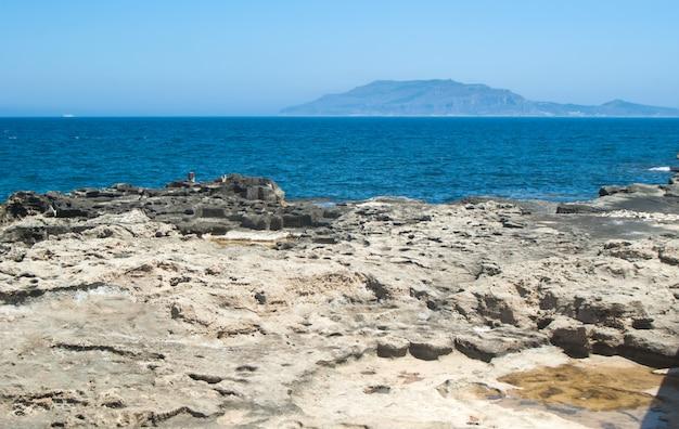 Vue depuis l'île de favignana. sicile, italie