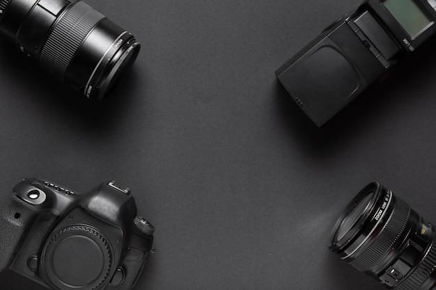 Vue de dessus des accessoires de photographie avec espace de copie