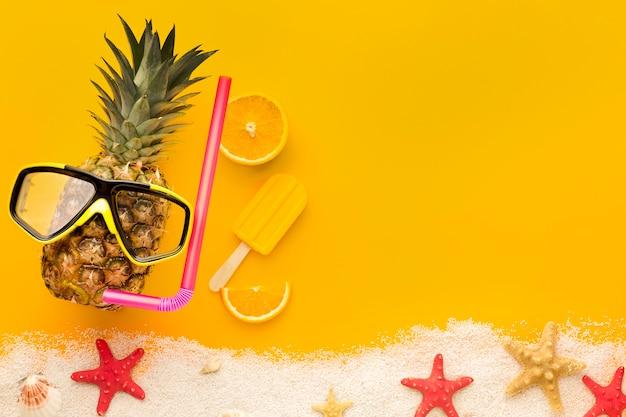 Vue de dessus ananas exotique avec espace copie