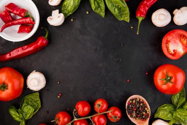 Vue de dessus arrangement de différents légumes